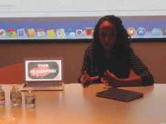 Meron Tefera '14 w/ARTH 264 discussing her senior thesis